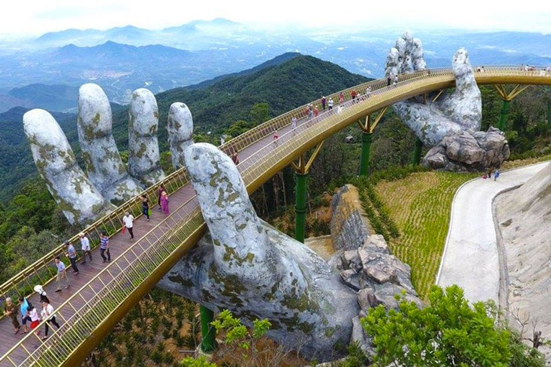 The Guide Awards 2018 : le pont d'or (Ba Na Hills - Da Nang) remporte le prix spécial