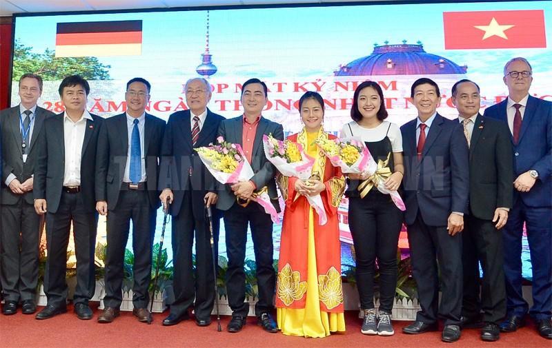 Développer l'amitié et la coopération entre le Vietnam et l'Allemagne