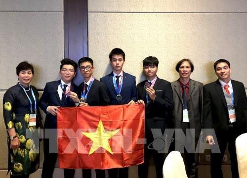 Des élèves de Hanoi remportent 4 médailles aux Olympiades internationales d'astronomie-astrophysique
