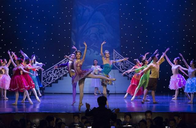 Hanoi: Remake moderne du ballet Casse-noisette en décembre