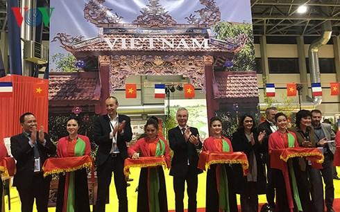 Promotion culturelle et touristique du Vietnam à la Foire de Grenoble