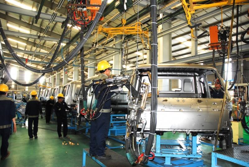 La production industrielle en hausse de 10,1% entre janvier et novembre