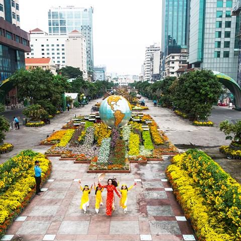 Têt 2019: Préparation de la rue florale Nguyên Huê à Hô Chi Minh-Ville