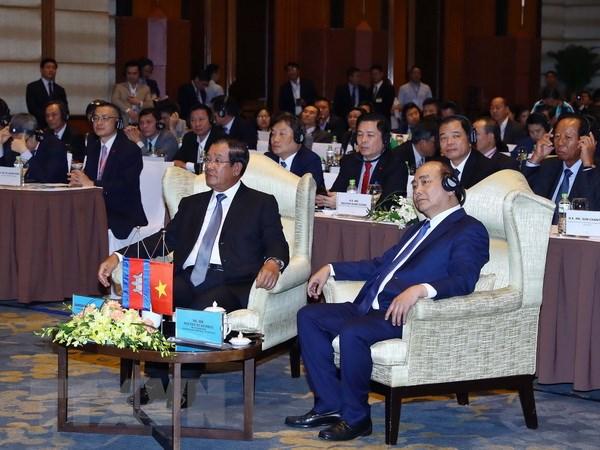 Les deux PM assistent à un forum d