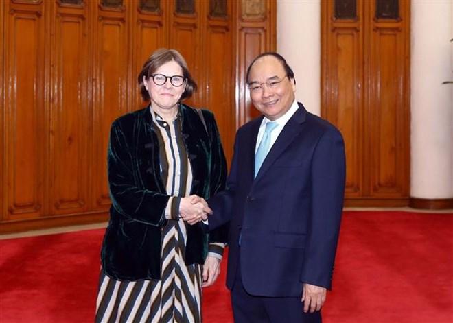 Le PM reçoit la vice-présidente du Parlement européen Heidi Hautala