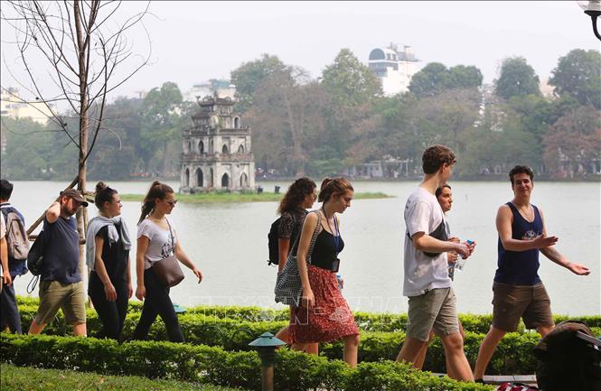 Hanoi accueille près de 5 millions de touristes en 2 mois