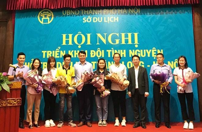 300 étudiants guides volontaires pour présenter les sites de Hanoi