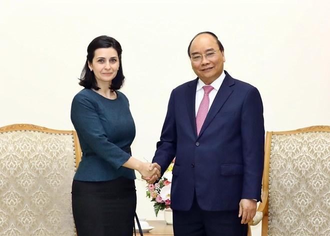 Le Premier ministre reçoit les ambassadrices bulgare et uruguayenne