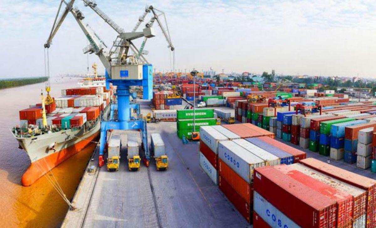 Le Vietnam enregistre un excédent commercial de près de 350 millions de dollars avec la France