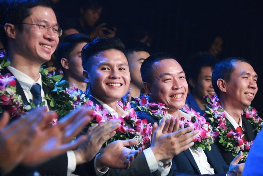 Distinction des dix jeunes figures exemplaires du Vietnam en 2018