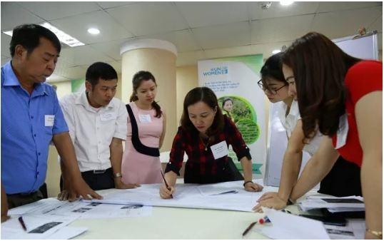 Aide aux femmes dans l'adaptation au changement climatique
