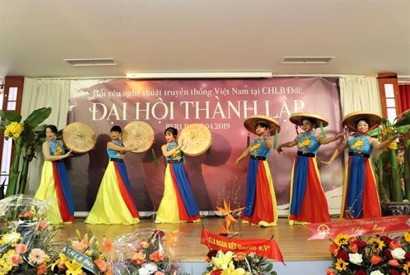 Préserver et développer les arts traditionnels vietnamiens en Allemagne