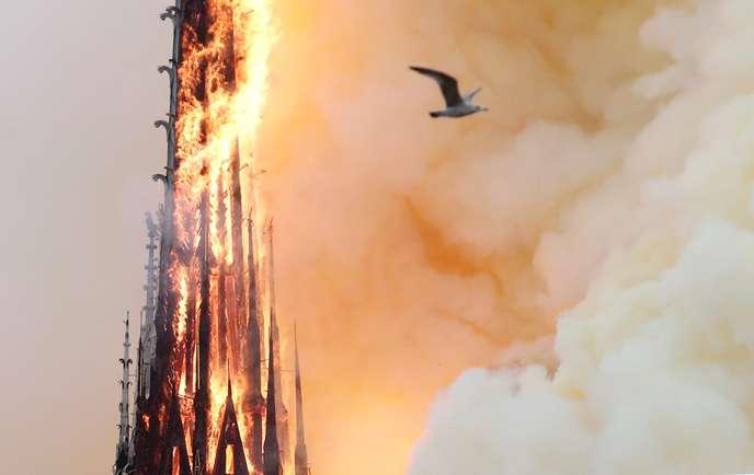 Notre-Dame de Paris: des dégâts pour l'instant inestimables