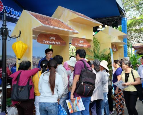 Le festival du tourisme de Ho Chi Minh-Ville génère 120 milliards de dongs de revenus