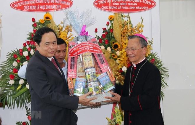 Pâques: le président du FPV présente ses vœux aux catholiques de Binh Thuan