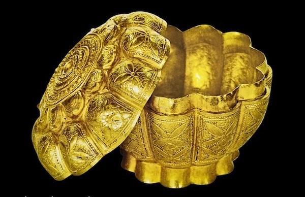 Quang Ninh présente deux nouveaux trésors nationaux