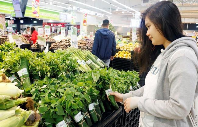 Des sacs en feuilles de bananier pour remplacer les sacs plastiques
