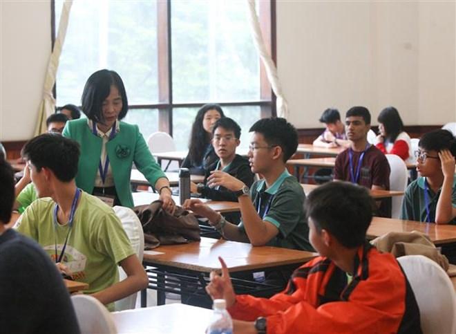 Une compétition de mathématiques débute à Hanoi