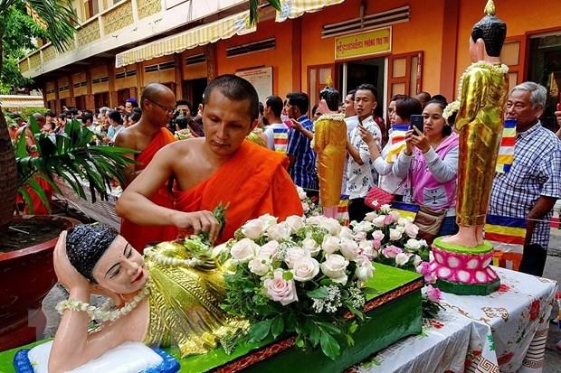 Le PM Nguyên Xuân Phuc souhaite une bonne fête de Chôl Chnam Thmây aux Khmers