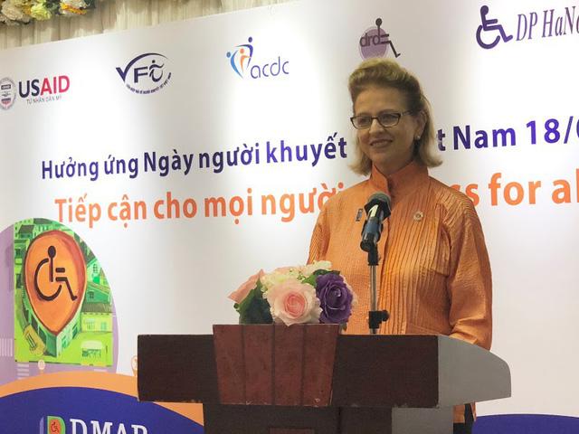 """Journée des personnes handicapées au Vietnam: """"Accès pour tous"""""""