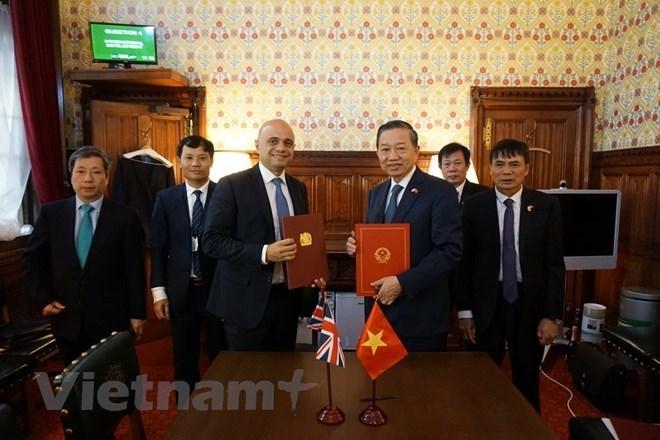 Vietnam et Royaume-Uni coopèrent dans la lutte contre la traite des êtres humains