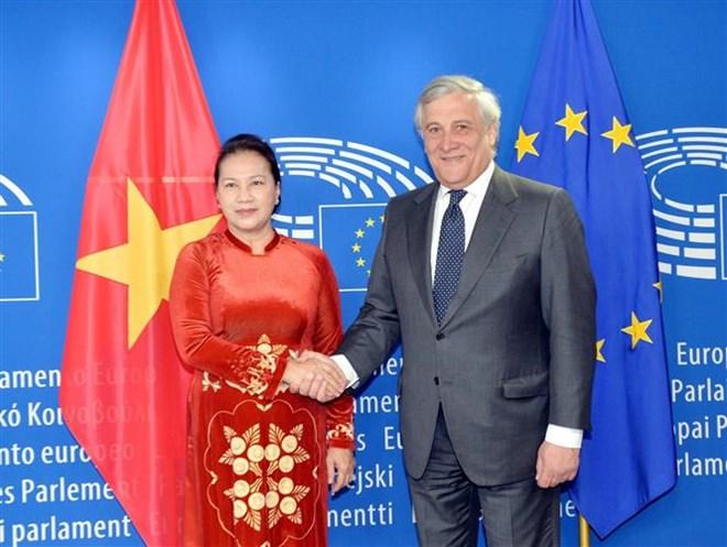 La présidente de l'AN s'entretient avec le président du Parlement européen