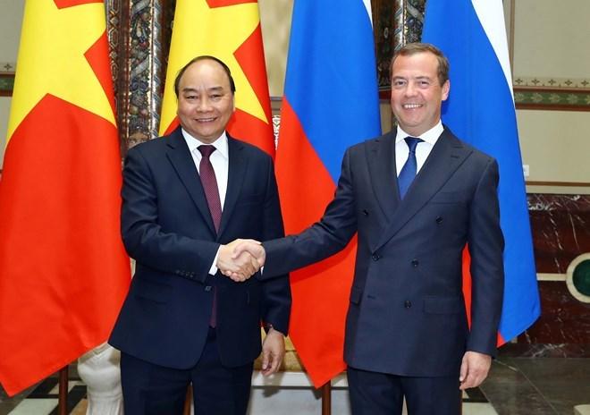 Les PM vietnamien et russe s'entretiennent à Moscou