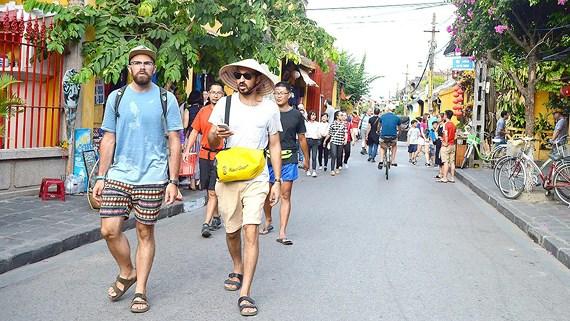 Près de 7,3 millions de touristes étrangers au Vietnam en 5 mois