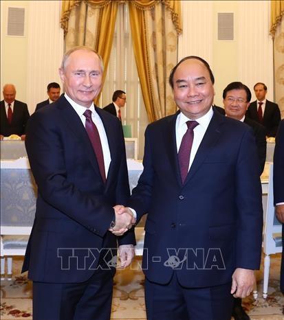 Le Premier ministre Nguyen Xuan Phuc termine sa visite officielle en Russie