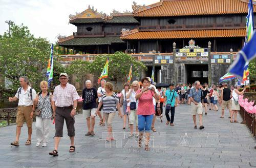 The ASEAN post: «le tourisme du Vietnam s'envole»