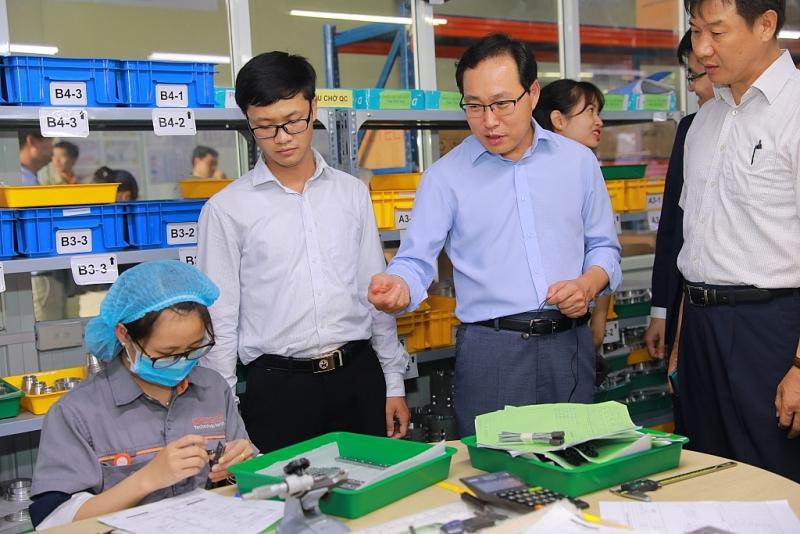 Industrie auxiliaire: Samsung apprécie le potentiel de développement des entreprises vietnamiennes