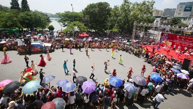 """20e anniversaire du titre de """"Ville pour la paix"""" pour Hanoi"""