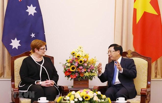 Vietnam-Australie: entretien entre les deux ministres des Affaires étrangères