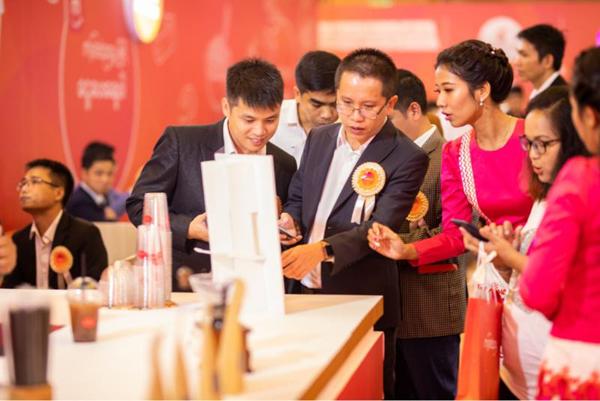 Viettel lance au Myanmar son service de porte-monnaie électronique