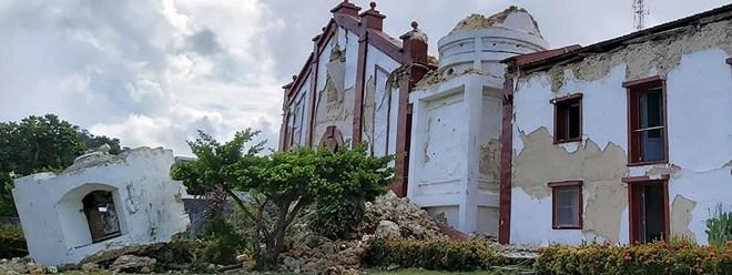 Au moins cinq morts lors de deux séismes successifs aux Philippines