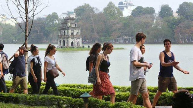 Un séminaire aborde des solutions pour attirer plus de visiteurs internationaux au Vietnam