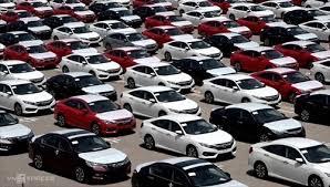 Le Vietnam importe pour plus de 4,3 milliards de dollars d'automobiles et composants