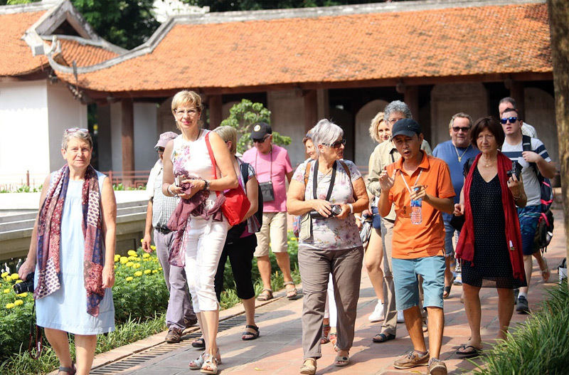 Tourisme: objectif 47 millions de visiteurs étrangers en 2030