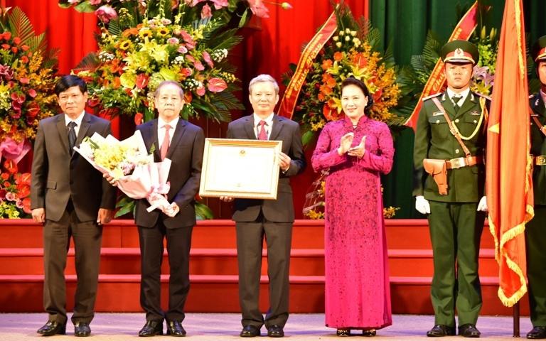 Thua Thiên-Huê fête le 30e anniversaire de son rétablissement