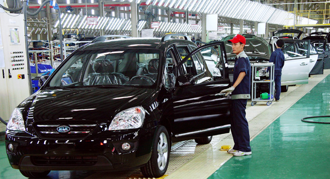 8 mois: hausse spectaculaire des importations nationales de véhicules