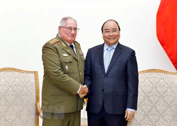 Le Premier ministre reçoit un général de corps d'armée cubain