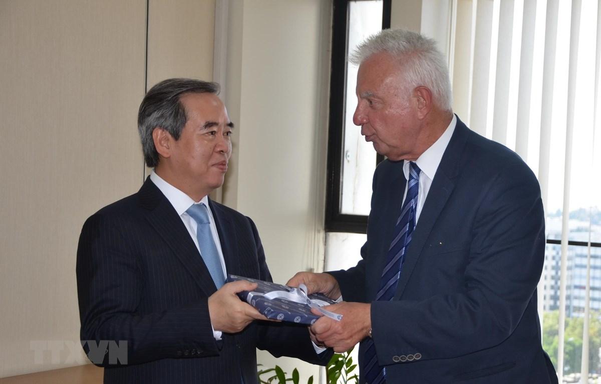 Une délégation du Parti communiste du Vietnam en visite de travaille en Grèce