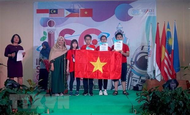 Des élèves du Vietnam primés au concours scientifique ISC 2019 en Indonésie