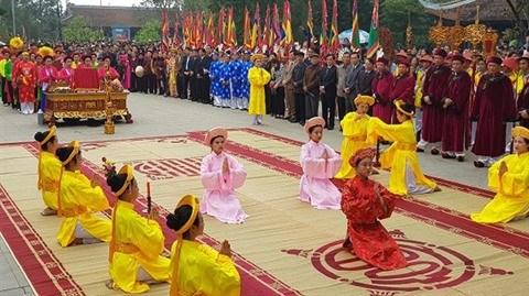 Festival de l'ancien village Viêt à Phu Tho