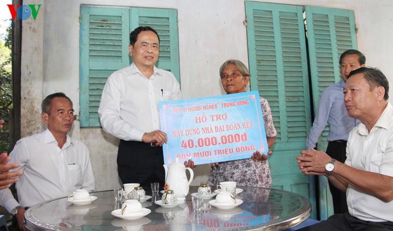 Le président du CC du FPV assiste à la Fête de grande solidarité nationale à Ninh Thuan