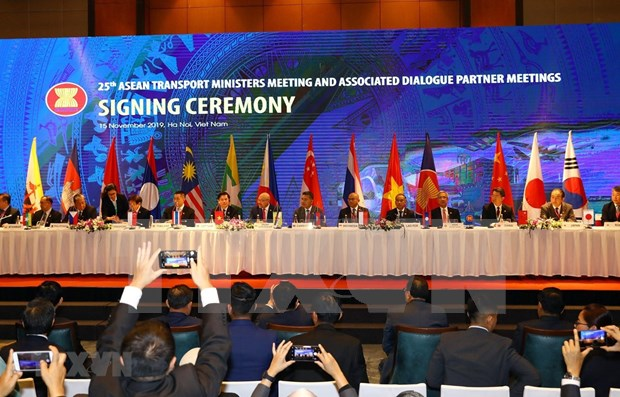 L'ASEAN et le Japon renforcent leur coopération dans les transports