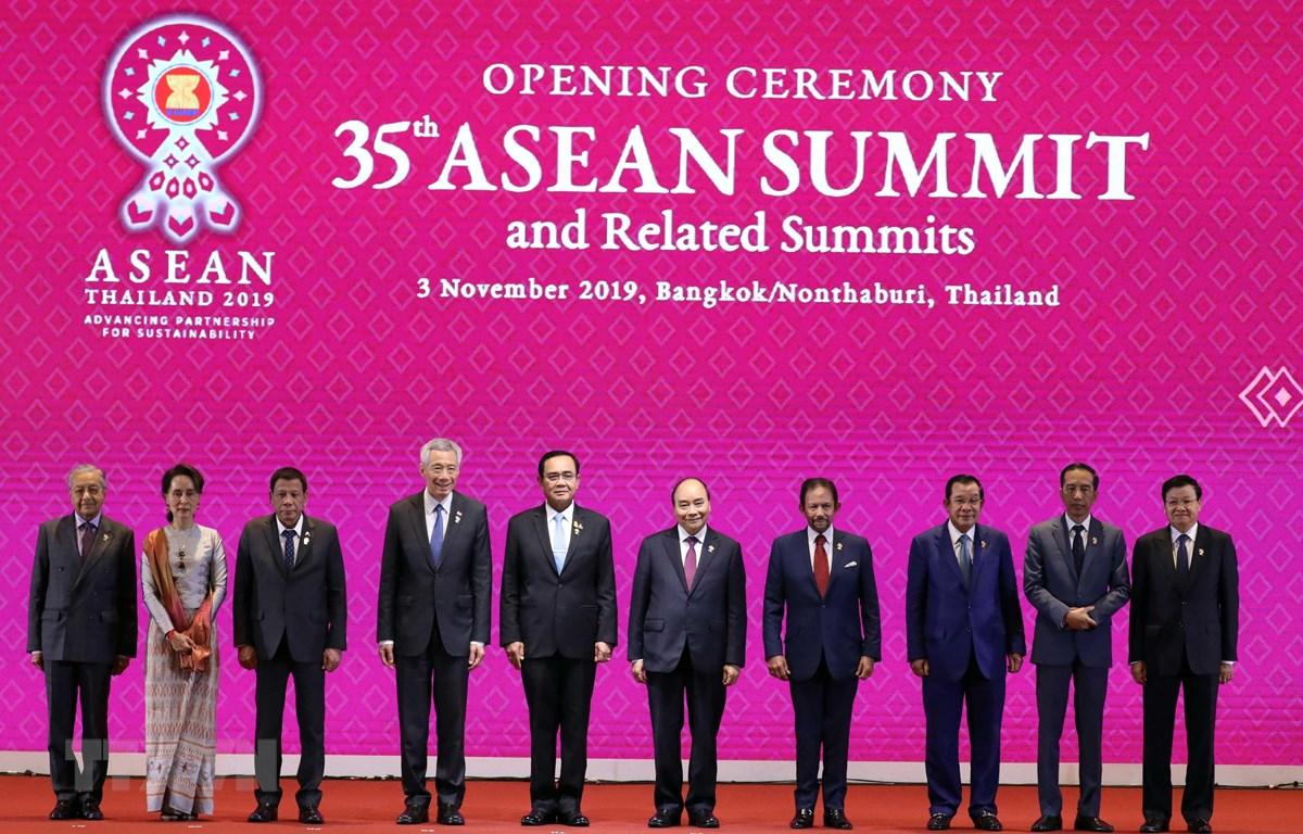Ouverture du 35e Sommet de l'ASEAN en Thaïlande