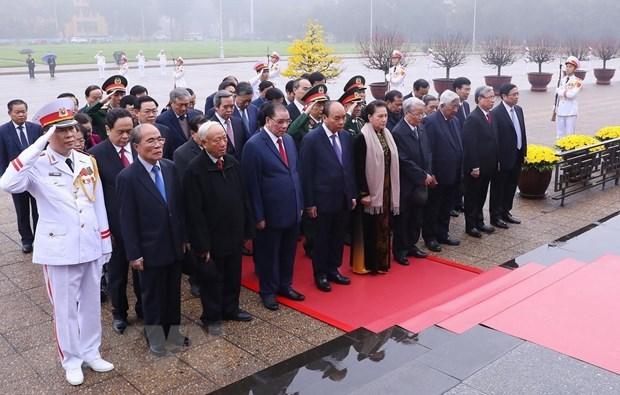 Hommage au Président Ho Chi Minh à l'occasion du Têt traditionnel