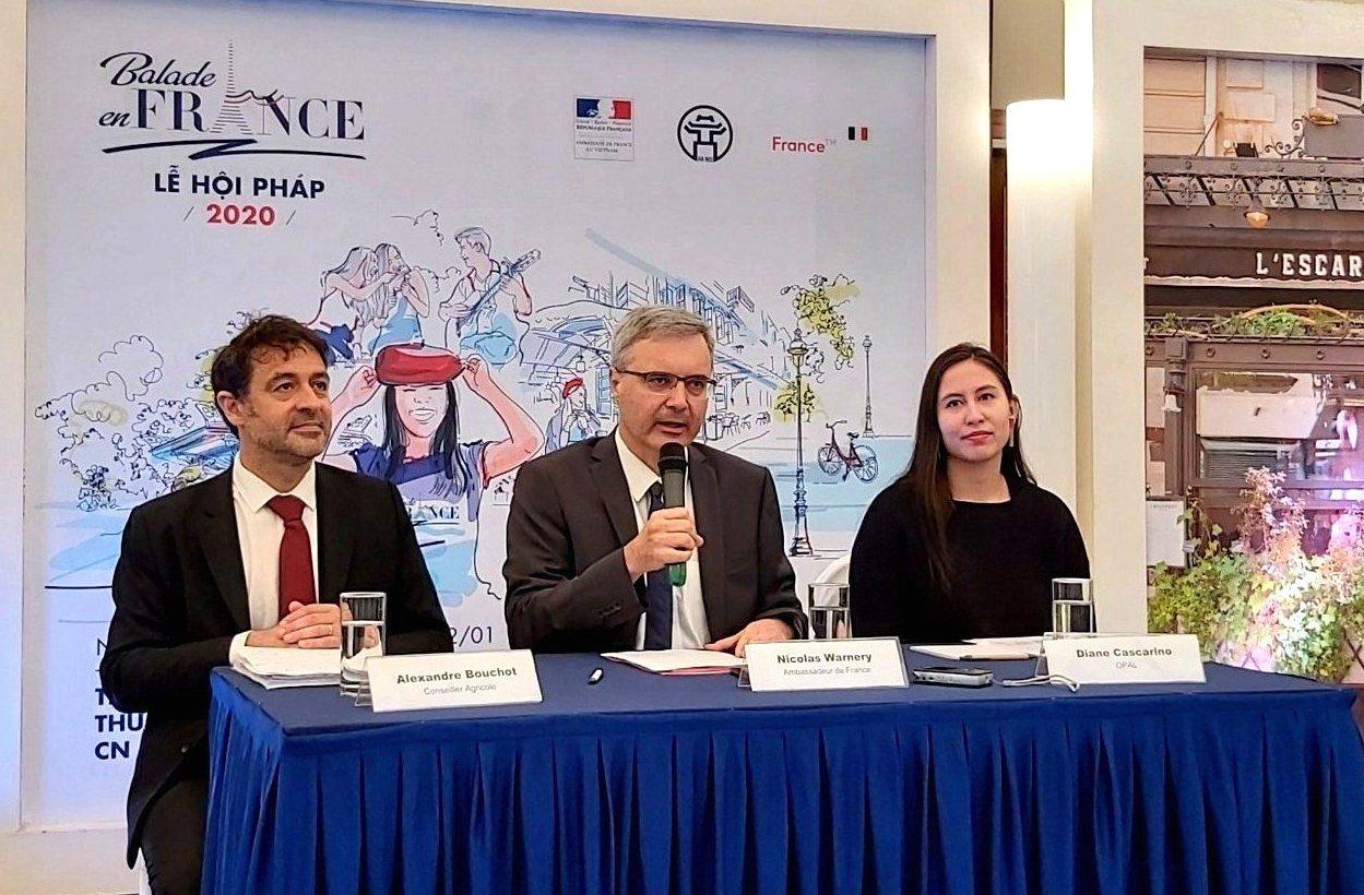 «Balade en France», occasion de découvrir la culture et la cuisine française à Hanoï