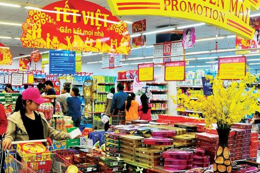 Commerce de détail et services: hausse de 10,2% en janvier
